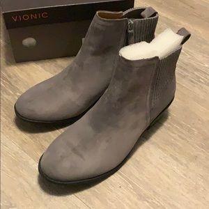 Vionic Gray Booties